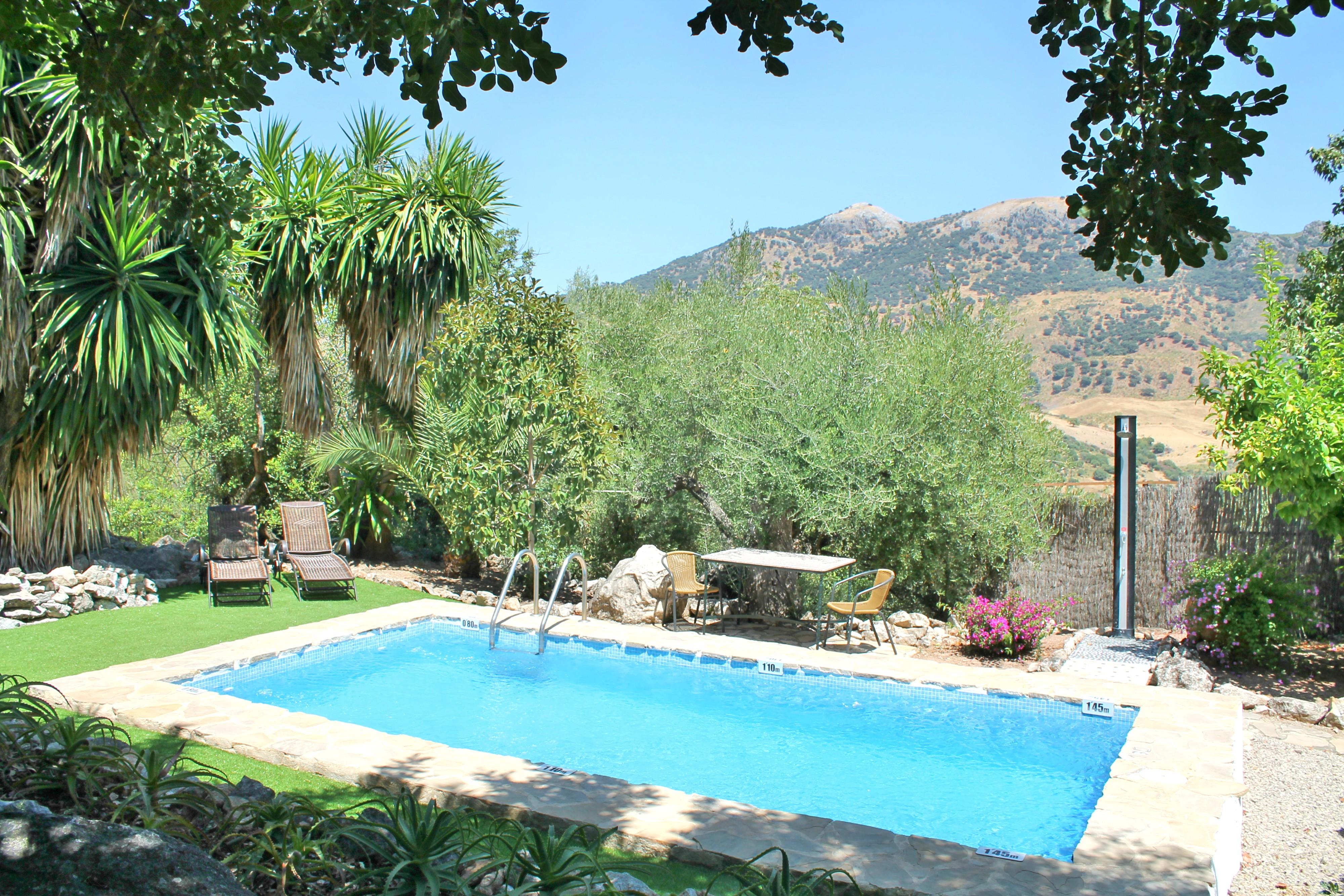 piscina-privada-casa-romantica